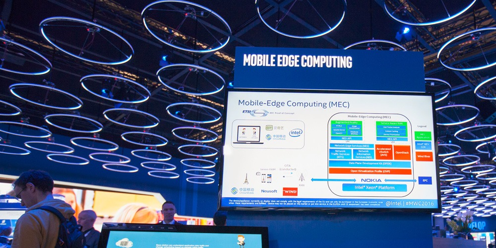 lufthansa taking mobile computing to the skies while keeping the mobile workforce connected Real world lufthansa: taking mobile computing to the skies case while keeping the mobile workforce connected h ow do you keep 3,500 highly mobile airline pilots.