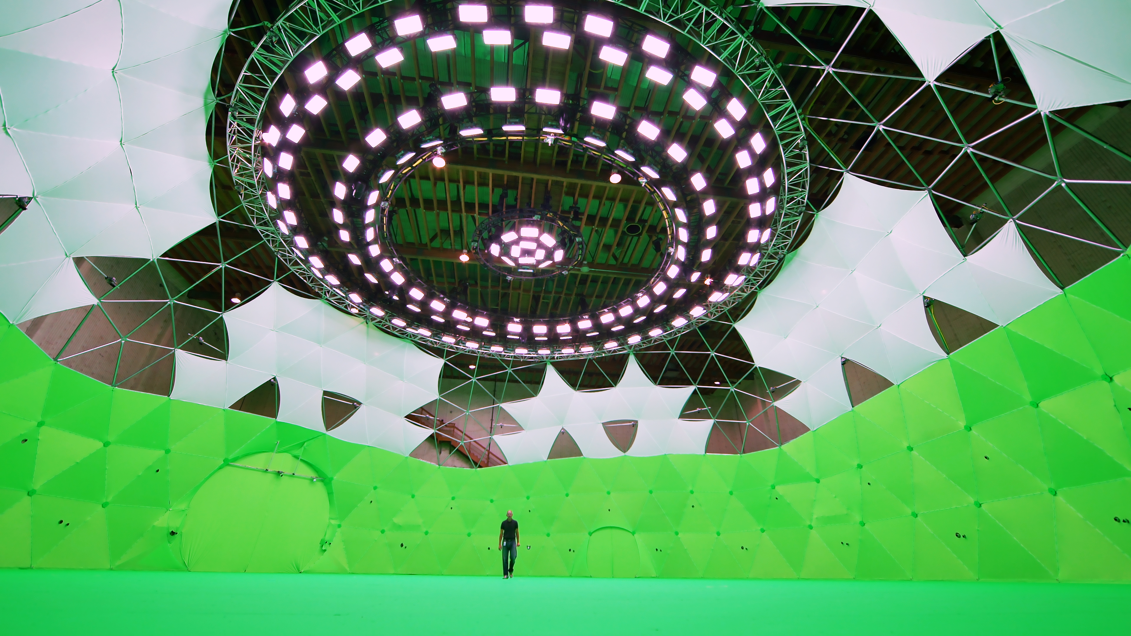 Huge Geodesic Dome is World's Largest 360-Degree Movie Set