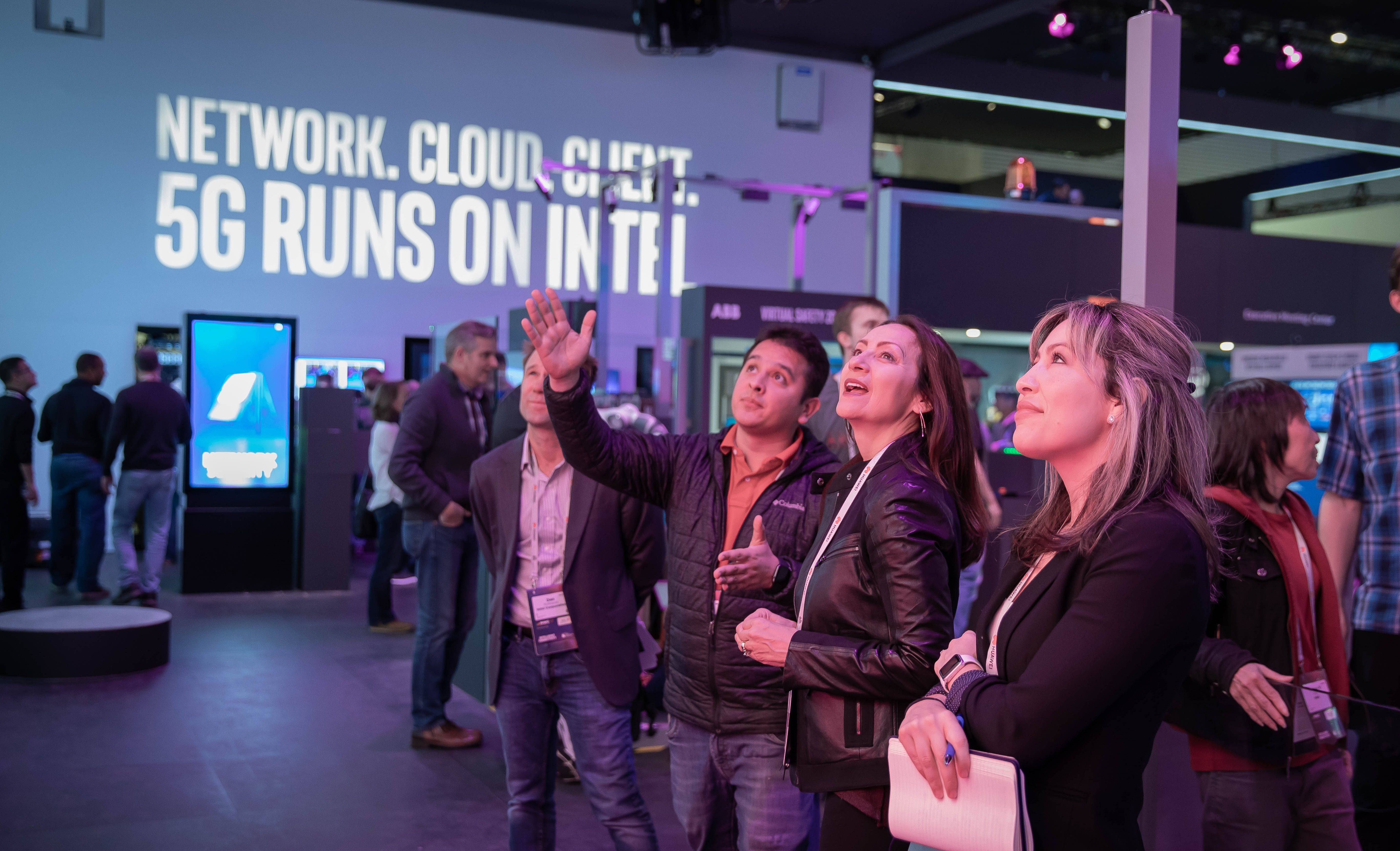 19b383c0f05 Intel showcase its latest technologies in 5G and networking from Feb.  25-28, 2019, at Mobile World Congress 2019 in Barcelona. (Credit: Intel  Corporation)