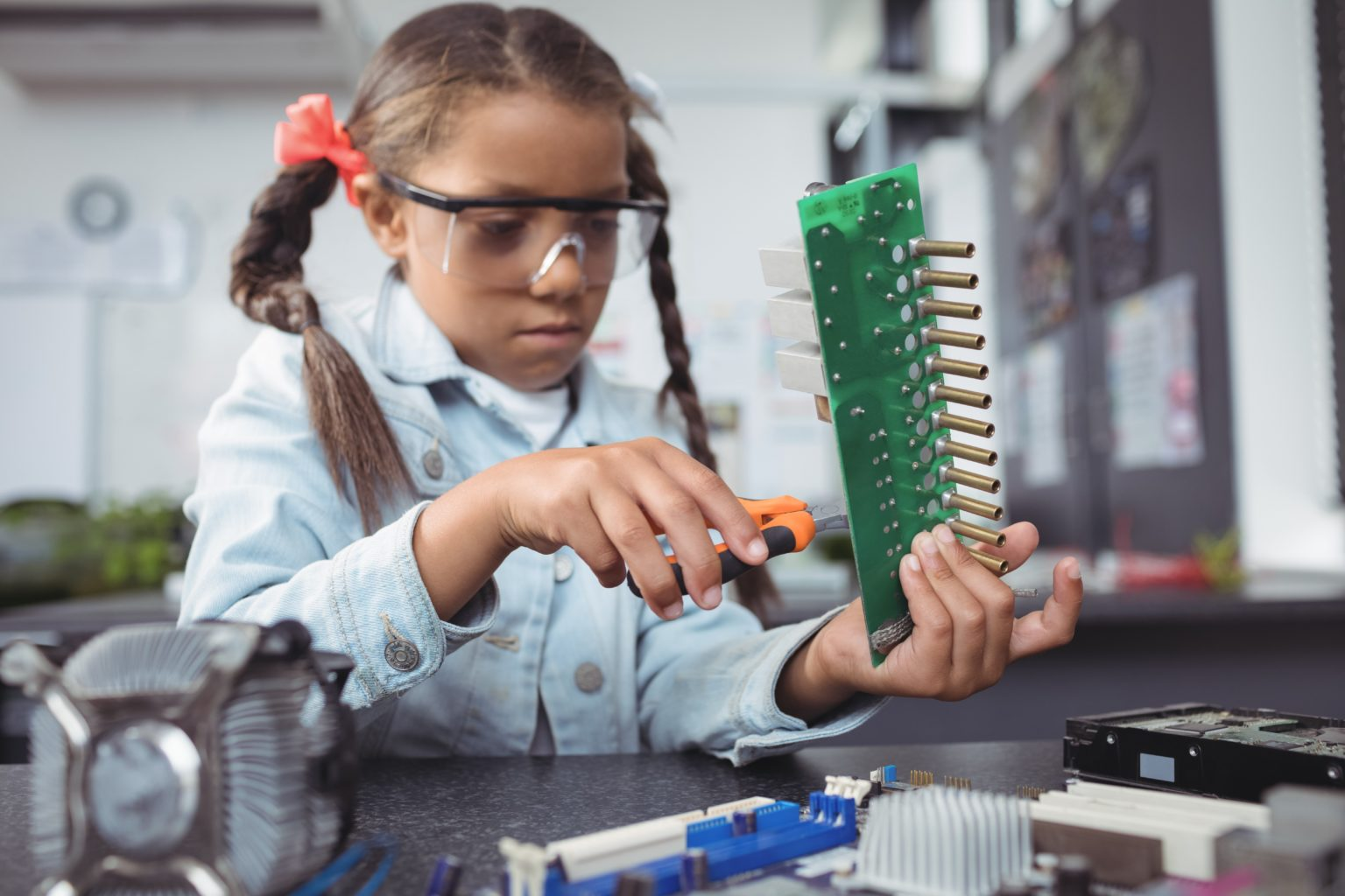 Intel backs movement to encourage more girls to take up careers in engineering